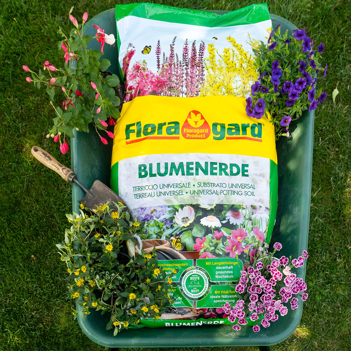 Großgebinde Blumenerde, 39 Sack á 70 Liter
