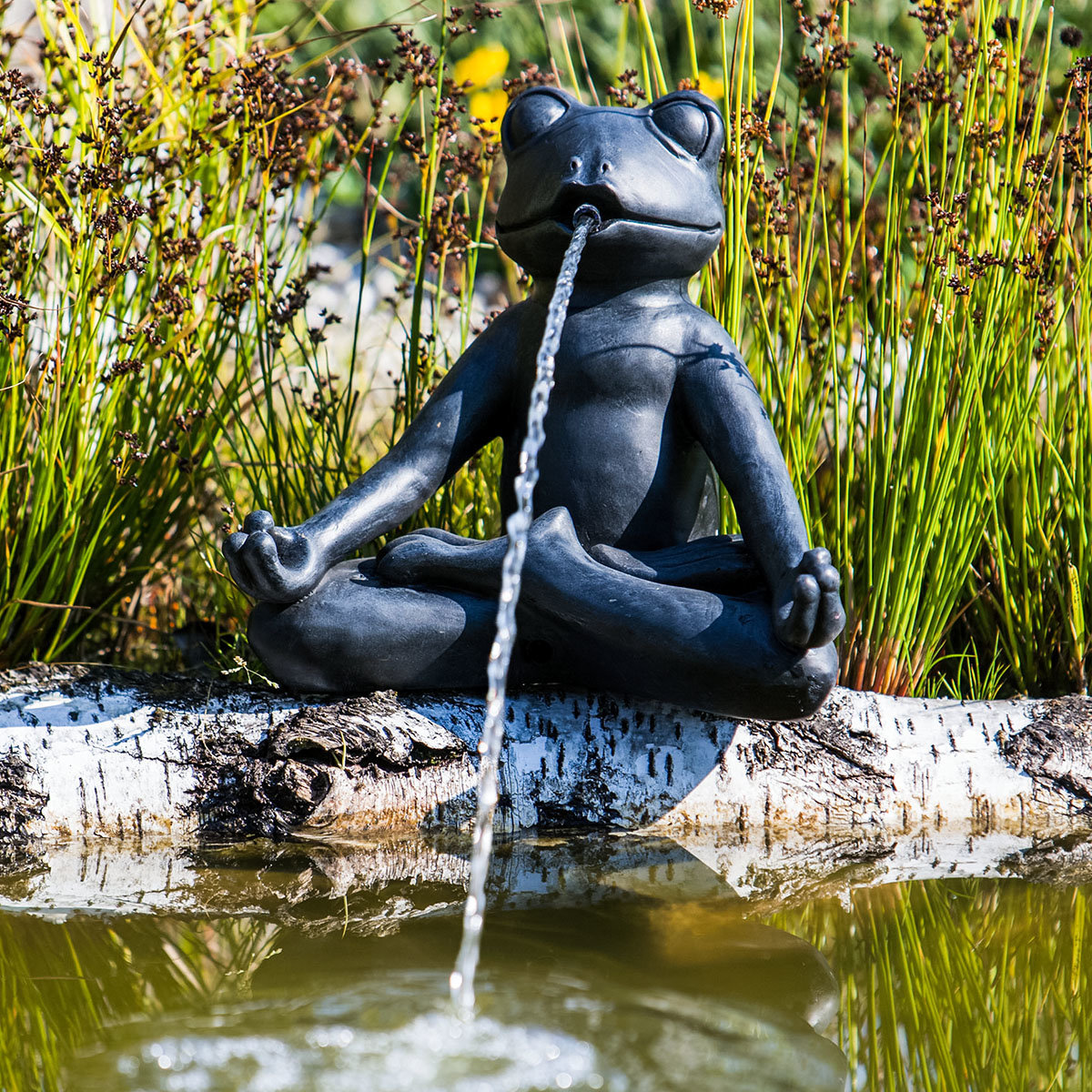Wasserspiel Yoga-Frosch, 25x18x23cm