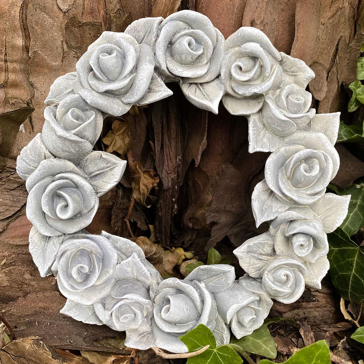 Poly-Rosendekokranz, groß, Durchmesser 17 cm