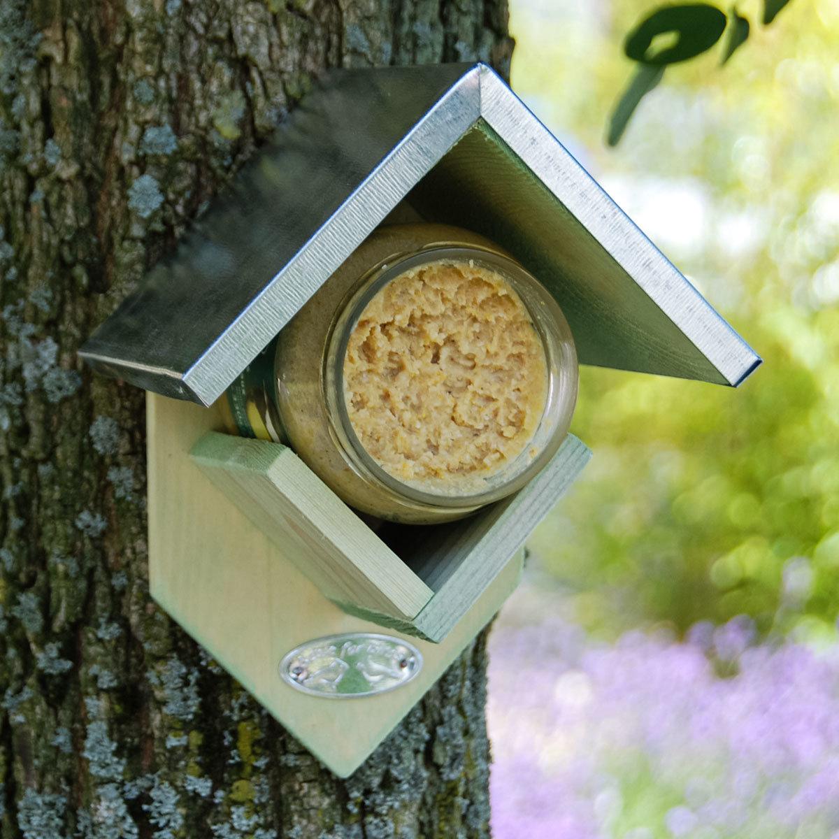 Futterhäuschen für Erdnussbuttergläser, Zinkdach