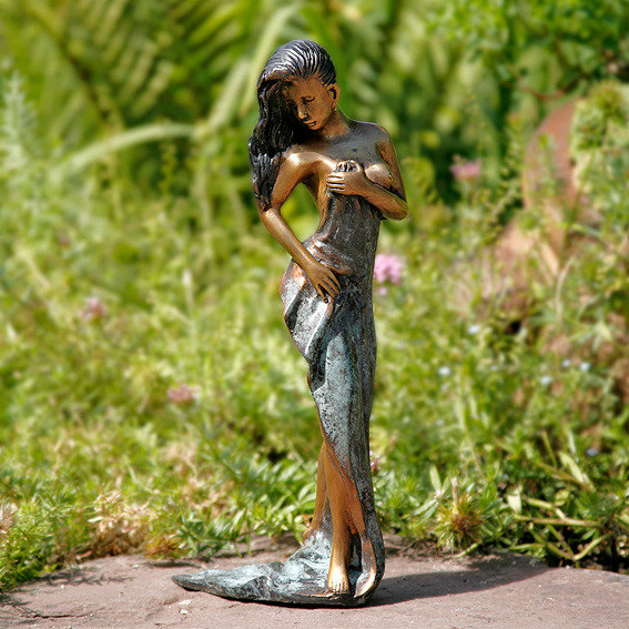 Garten bronze figur grazia klein von g rtner p tschke for Gartendeko neuheiten
