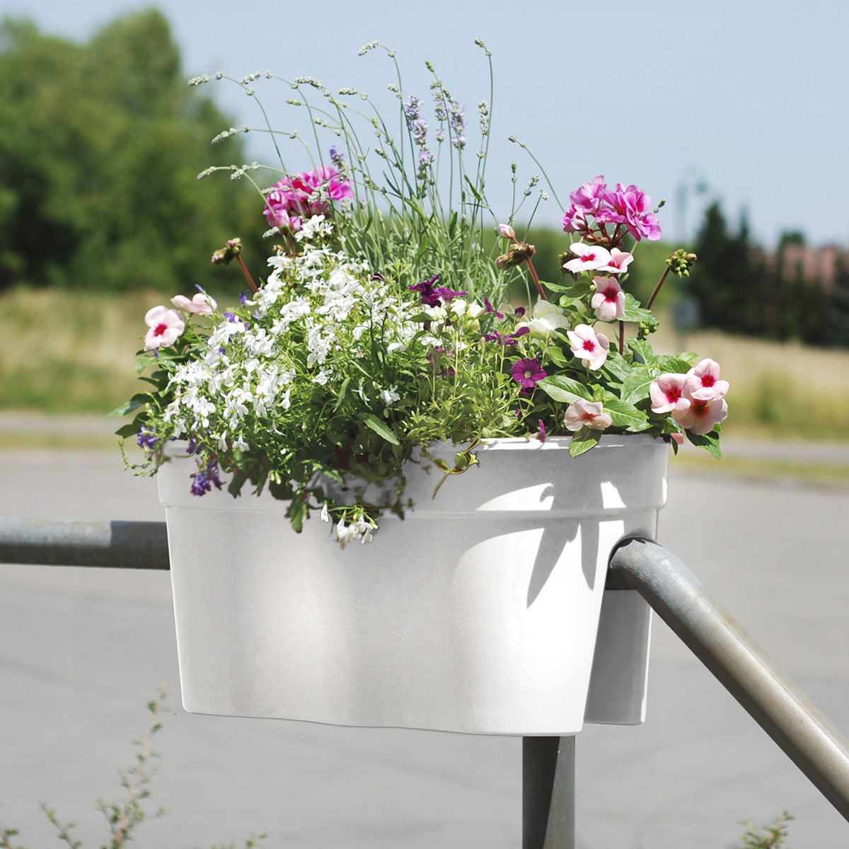 Geländertopf Flowerclip, 57,5 x 27,7 x 27 cm, weiß | #2