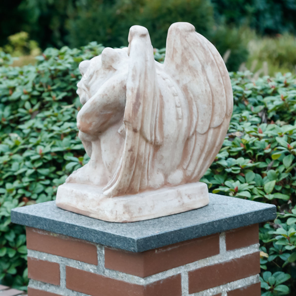 Terracotta figur gargoyle goliath online kaufen bei for Gartendeko terracotta