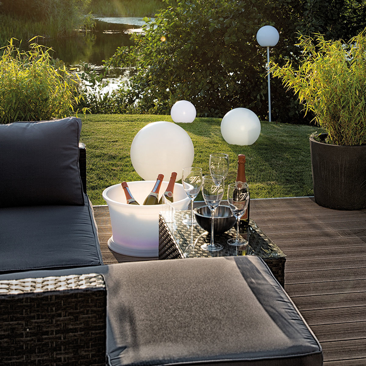 Super LED-Gartenstableuchte Sky Solutions Globe | #2