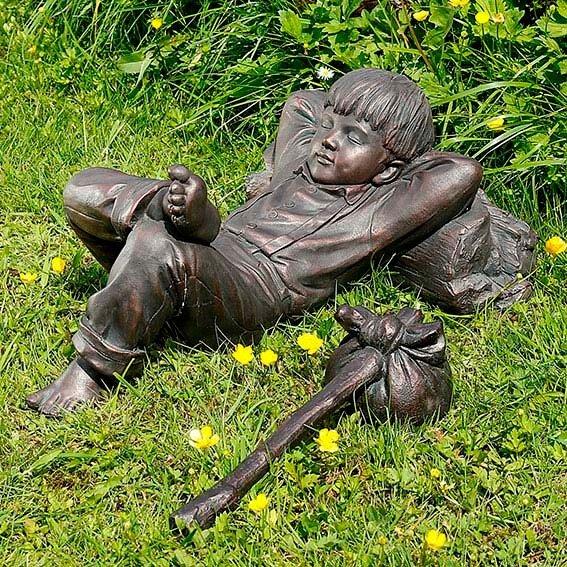 Gartenfigur Schlafender Junge Michel | #2