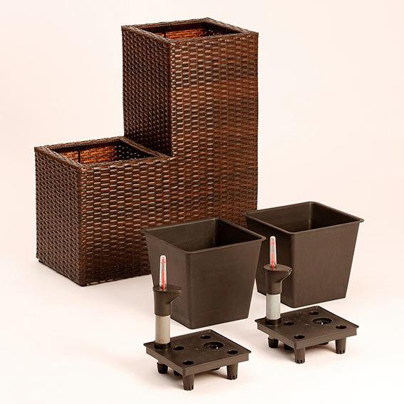 outdoor rattan pflanztreppe mit bew sserungssystem von. Black Bedroom Furniture Sets. Home Design Ideas