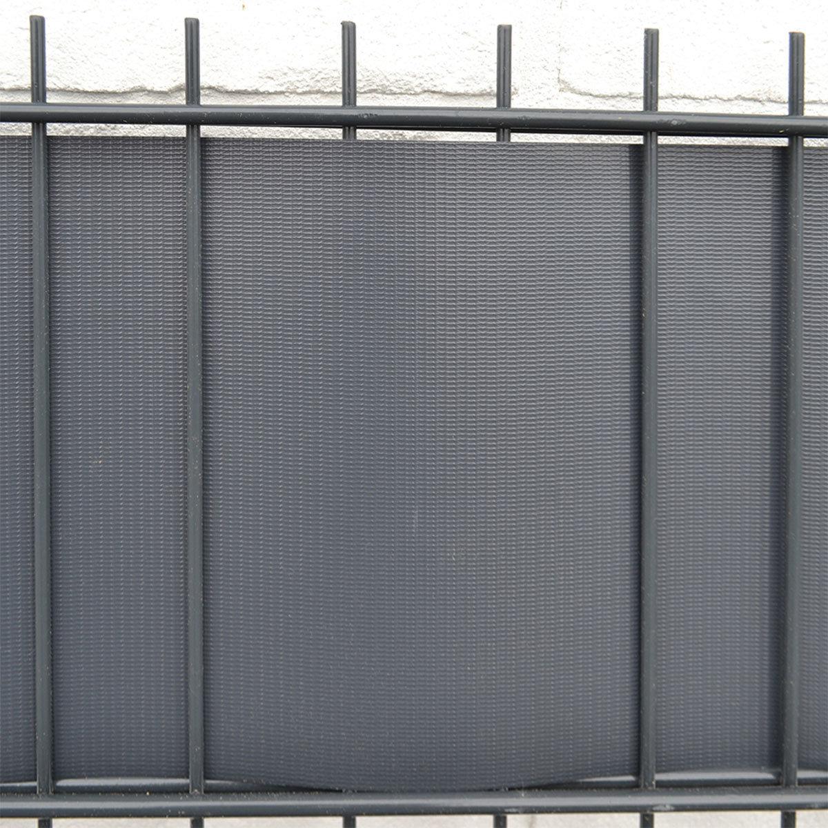 Pvc Sichtschutz Zaunfolie Hellgrau Online Kaufen Bei Gartner Potschke