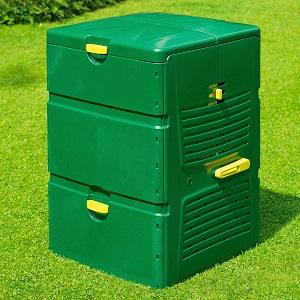 Grüner Plastik-Komposter